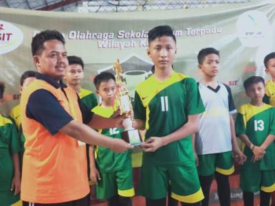 Juara 2 Lomba Futsal (SDIT A Hikmah Sempor)